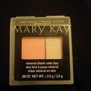 Mary Kay Mineral check color duo